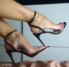 Sexy Legs And Heels, Hot High Heels, Strappy Heels, Stiletto Heels, Stilettos, Funny Shoes, Gorgeous Feet, Beautiful Legs, Sexy Toes