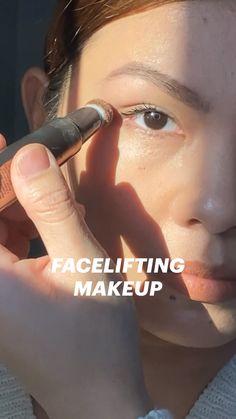 Contour Makeup, Skin Makeup, Makeup Art, Makeup Tips, Beauty Makeup, Eye Makeup Tutorials, Face Contouring, Makeup Hacks, Makeup Ideas