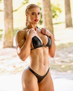 Colette Larsen Black Bikini, Hot Bikini, Bikini Girls, Selfies, Bikini Bodies, Sexy Hot Girls, Fitness Models, Fitness Women, Female Fitness