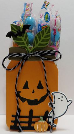 Stampin' Up Everyday Jar Pumpkin Treat Holder Boxes designed by Lynn Gauthier using SU's Every day Jars, Cookie Cutter Halloween, Jar of Haunts, Spooky Fun, Halloween Scenes and Home Sweet Home. Go to lynnslocker.blogs... for template and to learn how to make these treat holders.