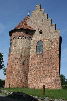 Le château de Nyborg (île de Fyn) Kingdom Of Denmark, Photos Voyages, Faroe Islands, Palaces, Copenhagen, Castles, Tattoo Ideas, Europe, Boat