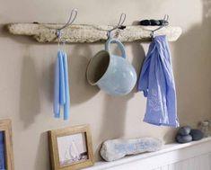 70 Ideas Kitchen Wall Shelf Decor Hooks For 2019 Kitchen Wall Shelves, Wall Shelf Decor, Diy Wall Decor, Wall Hooks, Shelf Hooks, Diy Wand, Mur Diy, Inspired Homes, Home Decor Kitchen