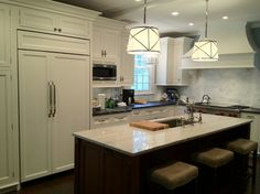 Levitz Residence - traditional - kitchen - chicago - McNulty Design Group
