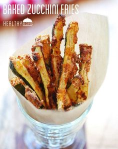 Crispy, delicious baked zucchini fries elevate the zucchini from a mere healthy vegetable into a super flavorful, totally addictive snack. Plus, they're keto, paleo and gluten free! Hcg Diet Recipes, Low Carb Recipes, Cooking Recipes, Healthy Recipes, Zucchini Pommes, Bake Zucchini, Paleo Zucchini Fries, Fat Burning Foods, Almond Recipes
