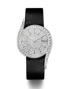 Les plus belles montres du SIHH #2: Piaget http://www.vogue.fr/joaillerie/news-joaillerie/diaporama/montres-sihh-salon-international-haute-horlogerie-geneve-cartier-ralph-lauren-vacheron-constantin-piaget/11442/image/677558#montres-sihh-salon-international-haute-horlogerie-geneve-piaget