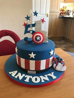 Captain america boys cakes in 2019 captain america birthday cake, c Captain America Birthday Cake, Captain America Party, Superhero Birthday Cake, Avengers Birthday, Pastel Capitan America, Anniversaire Captain America, Torta Angel, Bolo Minnie, Avenger Cake