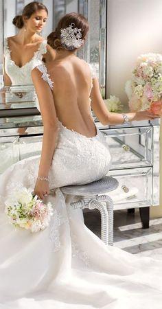 Gorgeous dress and wedding photo
