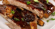 Slow Cooker Spare Ribs :http://recipes4slowcooker.com/slow-cooker-spare-ribs/