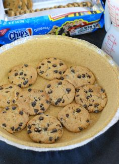 The Kitchen is My Playground: No-Bake Chocolate Chip Cookie Pie {made with Chips Ahoy!}
