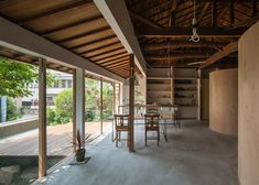 Tato Architects updates a house with a curved plywood interior….The simple gesture created a new space, while the history of the house remained