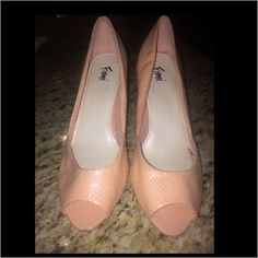 🌟Peach Pumps🌟 Gently used - make an offer use the offer option please. FIONI Clothing Shoes Heels