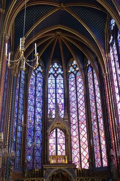 Amazing stained glass windows in the Sainte-Chapelle: Paris, France. Paris France Travel, Paris Travel Guide, World Travel Guide, France Europe, Paris Photography, Travel Photography, Travel Couple, Family Travel, Travel Around The World