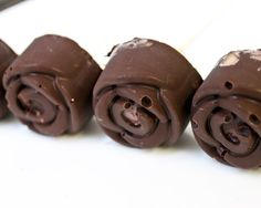 Frozen Chocolate Bananas Recipe (easy, healthy, fun, kid-friendly)