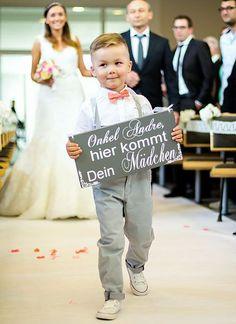 Onkel Andre, hier kommt Dein Mädchen   Schild   Fliege   Page Yoy   Ring Bearer   Ringträger   here comes the bride   hier kommt die Braut