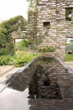 http://en.wikipedia.org/wiki/File:Chanticleer_Gardens_Rock_Garden_2000px.jpg