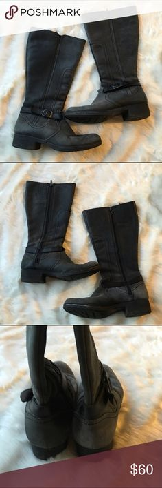 Clarke boots Gorgeous gently worn Clark boots. Sz 8. Greyish color. Clarks Shoes Winter & Rain Boots