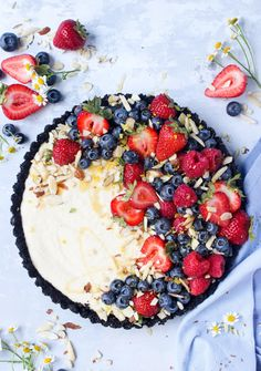 Late-Summer Bee Sting Berry Tart (No-Bake!) - Wry Toast
