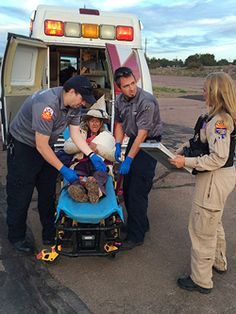 """Dog Helps Woman Survive 9 Days in Desert 