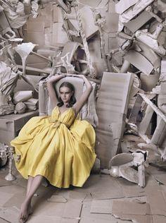 Elle (US) February 2006 | American Beauty | Photography by Ruven Afanador | Iza Olak