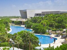 Riviera Maya all inclusive resorts and spas - Those in search of mystery will find plenty to ponder while touring through the mysterious sites of Mayan civilization. When it's time for a genuine fiesta, head to the famous town of Playa del Carmen