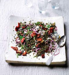 Yotam Ottolenghi's castelluccio lentils with tomatoes and gorgonzola (from PLENTY cookbook) Plenty Cookbook, Making A Cookbook, Fixate Cookbook, Cookbook Recipes, Cooking Recipes, Ottolenghi Recipes, Yotam Ottolenghi, Otto Lenghi, Food And Travel Magazine