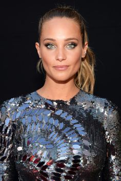 The Sports Illustrated model matched her metallic eye makeup to her dress at the ESPY Awards last night for a sparkly, light-reflective effect. How to get the look here.
