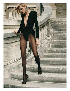 Noir Imperial: editorial with Anja Rubik (Model), Lachlan Bailey (Photographer), Geraldine Saglio (Wardrobe Stylist), Lisa Butler (Makeup Artist), Marc Lopez (Hair Stylist) for Vogue Paris May Anja Rubik, Vogue Paris, Fashion Editor, Editorial Fashion, Fashion Models, Vogue Models, Mode Sombre, Magazine Vogue, Vogue Photography