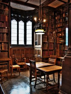 Reading Room-Rylands Library: Manchester, England