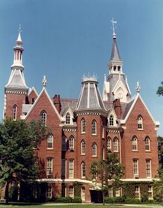 Mercer University's Administration Building