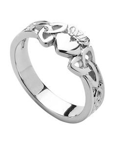 Claddagh Ring with Celtic Knot