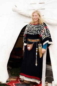 Sharp Knife Woman, does custom Indian beading, museum quality.  On Facebook she's known as Sharp Knife's Blanket.