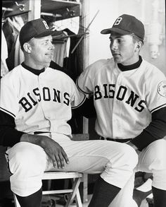 Johnny Bench as a Buffalo Bison in 1967 shortly before his call up to the…