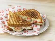 With European twists on the classic lobster grilled cheese, Lobster ME's new melts take luxury to a new level with fine cheese and thoughtful additions.