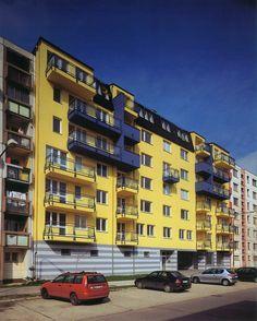 Residential Houses Pri šajbách, Juraj Hermann, Helena Vojtková and Patrik Pavlásek, 1996
