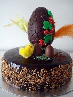 Haz tu propia Mona de Pascua, explicados todos los pasos y receta del chocolate de cobertura brillante.