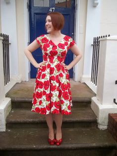 But it can't be from Dolly Clackett. She gave me an Easter egg!: By Hand London. ===== By Hand London Anna dress bodice with a circle skirt Bella Dresses, 50s Dresses, Vintage Dresses, Summer Dresses, Ladies Dresses, Simple Dresses, Beautiful Dresses, Casual Dresses, Handmade Dresses