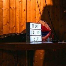 Moda: #Così si #reagisce al fallimento (link: http://ift.tt/2mT6ou8 )