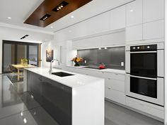 moderne küche hochglanz grau weiß kücheninsel geräte verstecken ...