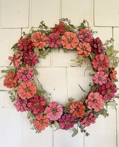 I am so excited to share today a spring wreath I made from pinecones. Many of you can make this entire wreath with Items you pick up in your yard. Crafts How to Make a Spring Wreath - MY 100 YEAR OLD HOME Pine Cone Art, Pine Cone Crafts, Wreath Crafts, Diy Wreath, Pine Cones, Diy Crafts, Mesh Wreaths, Tulle Wreath, Floral Wreaths