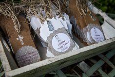 """Como detalle para invitados se entregó éstas tazas personalizadas también de El Recien Nacido con el nombre de la niña y la fecha de la Primera Comunión, que por detrás ponian """"gracias por venir"""". Los invitados estaban encantados."""