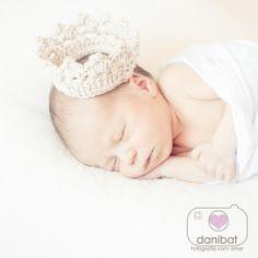 newborn prince bebê recém nascido príncipe