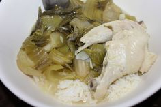 Cambodian food ~ Pickled mustard leaves soup with chicken. Cambodian Recipes, Cambodian Food, Vietnamese Recipes, Thai Recipes, Asian Recipes, Pickled Mustard Greens, Burmese Food, Viet Food, Learn To Cook