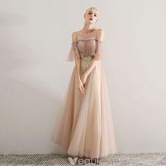 6101f5de3b Eleganckie Szampan Sukienki Na Bal 2019 Princessa Wycięciem Frezowanie Z  Koronki Aplikacje Wzburzyć Kótkie Rękawy Bez Pleców Długie Sukienki Wizytowe