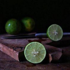 """158 Likes, 3 Comments - V E E (@vfriska_p) on Instagram: """"LIME . Page 16 #MyStill_Food photo project . . Upload Bareng  @CameraIndonesia  sabtu, 04-03-2017,…"""""""
