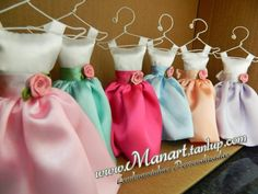 2 Bridesmaid Dress Favor Sachets DIY by lembrancinhas on Etsy, $19.00