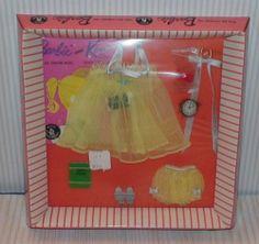 """Vintage Barbie fashion """"Sweet Dreams"""" NRFB"""