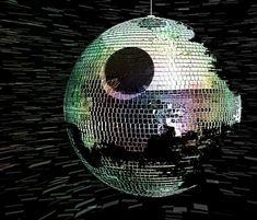 It's a Star Wars disco inferno!