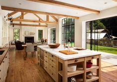 Chic modern farmhouse style in Mill Valley, California Farmhouse Cabinets, Farmhouse Style Kitchen, Modern Farmhouse Kitchens, Modern Farmhouse Style, Home Kitchens, Farmhouse Decor, Rustic Modern, Kitchen Open Concept, Kitchen Layout