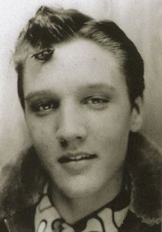 Elvis Presley - aged 16. Elvis Presley Photos And His School Report Card Coincidence