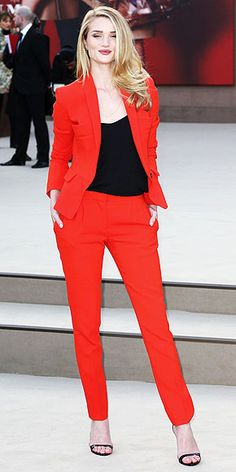 Rosie Huntington-Whiteley - that's how you wear a statement suit